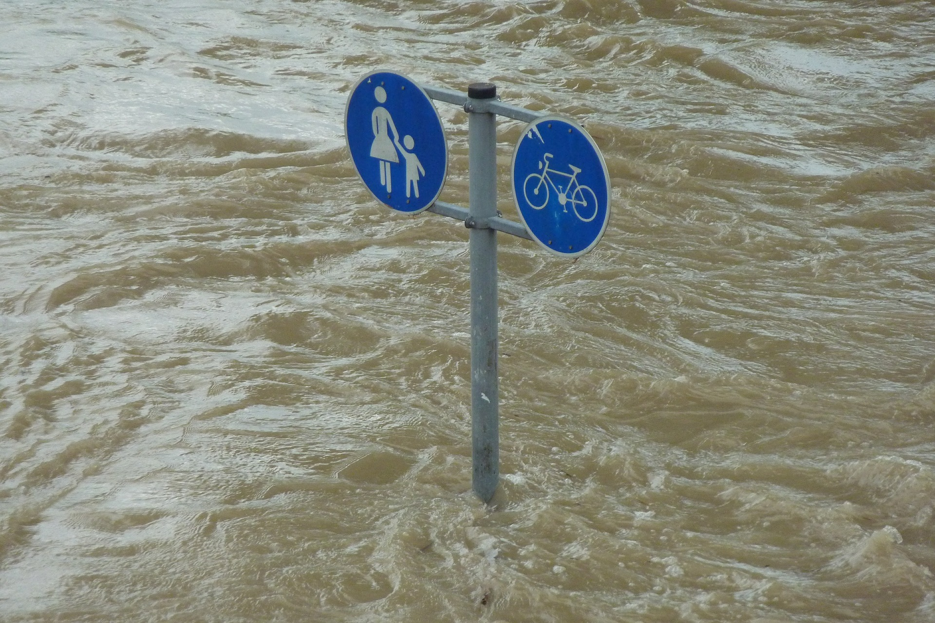 Image by hermann traub from pixabay high water 392707 1920